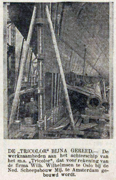 224 Tricolor, De Sumatra Post 8-2-1933-